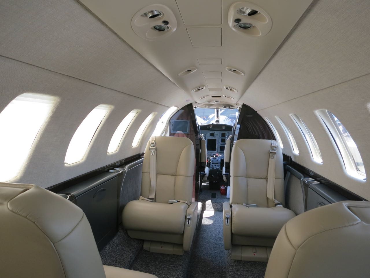 Cessna citation cj3 cabin 2