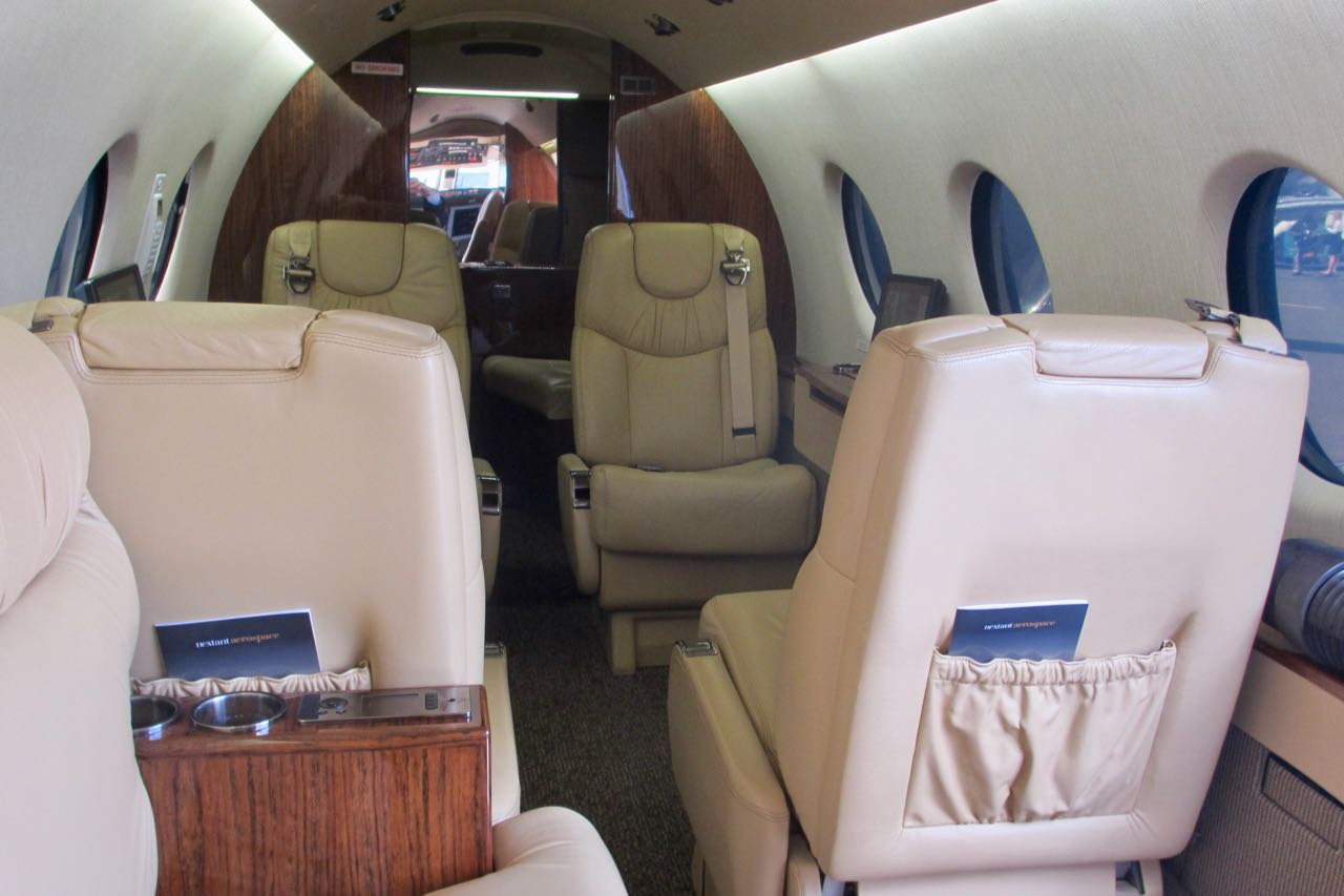 Nextant 400xt cabin interior facing aft