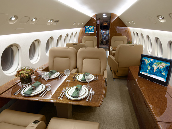White.plains.ny .private.jet .falcon.900b.6.